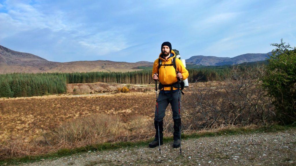 Philipp all'inizio dello Skye Trail, nelle vicinanze della cittadina di Broadford